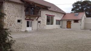 cour intérieure Grange FlorieJean